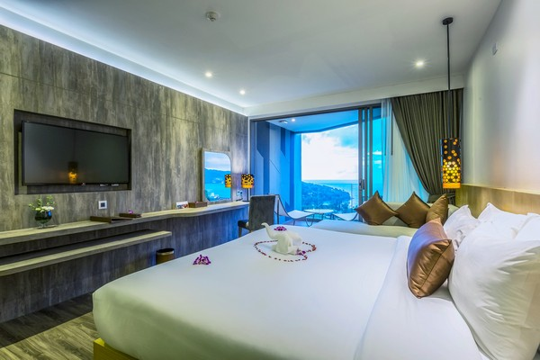Deluxe Room | Crest Resort & Pool Villas